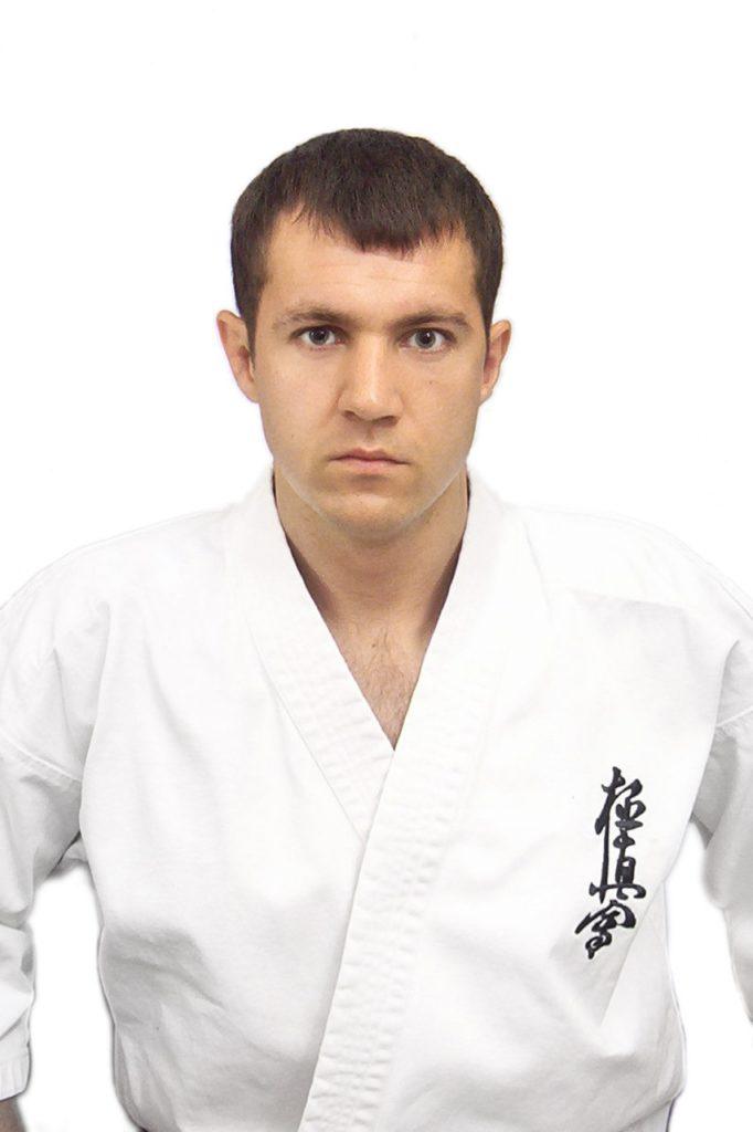 Шарипов Роман